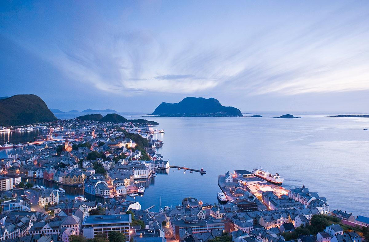 pueblos-noruega-alesund