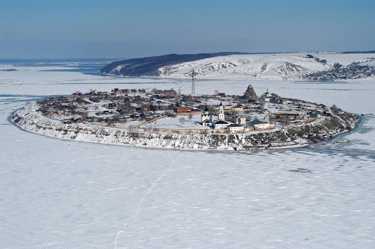 pueblos-bonitos-Sviyazhsk
